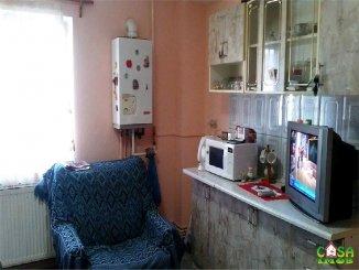 agentie imobiliara vand apartament decomandat, in zona Micro 3, orasul Targoviste