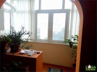 agentie imobiliara vand apartament semidecomandat, in zona Micro 9, orasul Targoviste