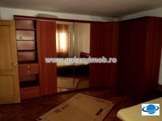 Apartament cu 2 camere de vanzare, confort 1, zona Central,  Targoviste Dambovita