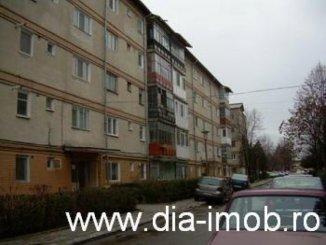 vanzare apartament cu 2 camere, decomandata, orasul Targoviste