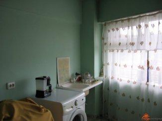 agentie imobiliara vand apartament decomandata, in zona Ultracentral, orasul Pucioasa