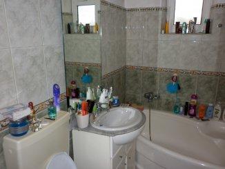 agentie imobiliara vand apartament decomandat, in zona Micro 4, orasul Targoviste