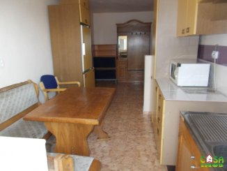 vanzare apartament decomandat, zona Micro 4, orasul Targoviste, suprafata utila 70 mp
