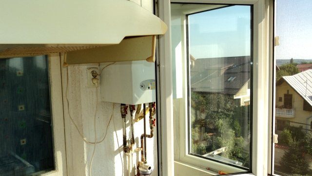 Apartament de vanzare direct de la agentie imobiliara, in Targoviste, in zona Micro 11, cu 41.500 euro negociabil. 1  balcon, 2 grupuri sanitare, suprafata utila 66 mp.
