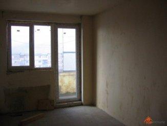 agentie imobiliara vand apartament decomandata, orasul Pucioasa