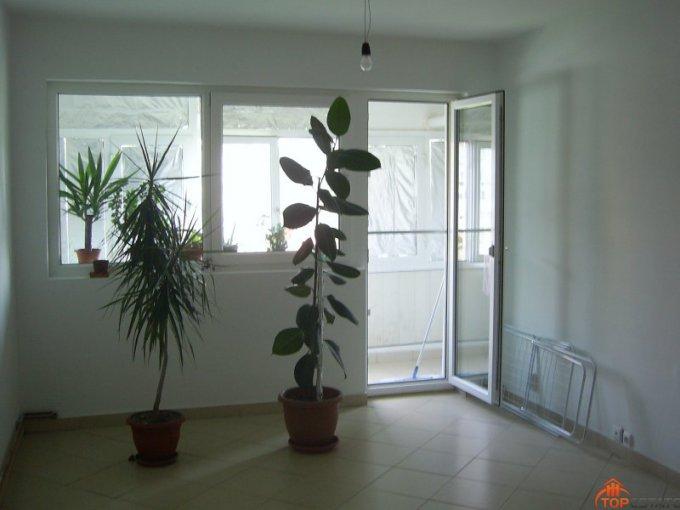 Dambovita Targoviste, zona Micro 6, apartament cu 3 camere de vanzare