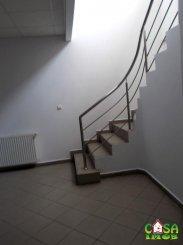 vanzare de la agentie imobiliara, birou cu 3 camere, orasul Targoviste