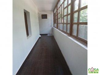inchiriere de la agentie imobiliara, birou cu 4 camere, in zona Micro 9, orasul Targoviste