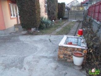 agentie imobiliara vand Casa cu 3 camere, zona Centru, orasul Targoviste