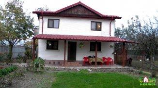 vanzare casa cu 4 camere, comuna Produlesti, suprafata utila 160 mp