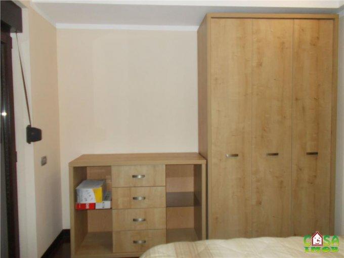 vanzare casa de la agentie imobiliara, cu 4 camere, in zona Exterior Nord, orasul Targoviste