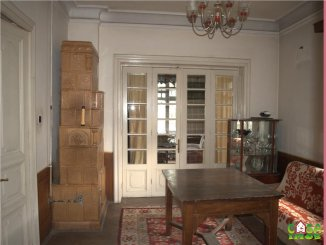 Casa de vanzare cu 4 camere, Targoviste Dambovita