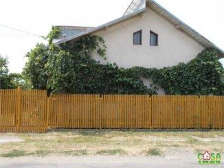 Casa de vanzare cu 4 camere, Dobra Dambovita
