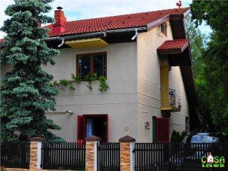 Casa de vanzare cu 5 camere, Moreni Dambovita