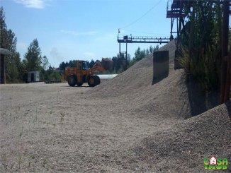 Spatiu industrial de vanzare cu 4 incaperi, 100 metri patrati utili, in  Manesti  Dambovita
