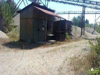 agentie imobiliara vand Spatiu industrial 4 camere, 20000 metri patrati, comuna Manesti