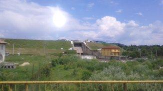 vanzare teren intravilan de la agentie imobiliara cu suprafata de 500 mp, in zona Nord, orasul Pucioasa
