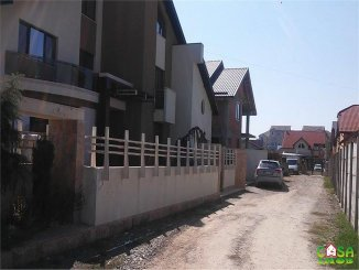 agentie imobiliara vand teren intravilan in suprafata de 802 metri patrati, amplasat in zona Micro 2, orasul Targoviste