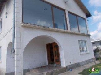 Dambovita Targoviste, zona Priseaca, vila cu 6 camere de vanzare de la agentie imobiliara