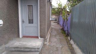 vanzare casa cu 3 camere, zona Piata Centrala, orasul Galati, suprafata utila 122 mp