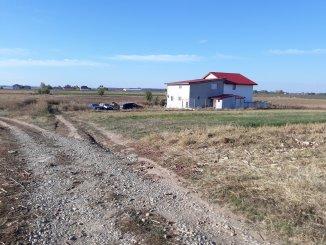 proprietar vand teren intravilan in suprafata de 400 metri patrati, comuna Varasti