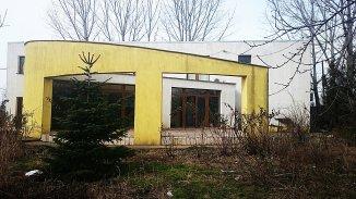 proprietar vand Vila cu 1 etaj, 29 camere, zona Periferie, orasul Giurgiu