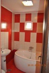 Apartament cu 3 camere de vanzare, confort Lux, zona Abator,  Targu Jiu Gorj