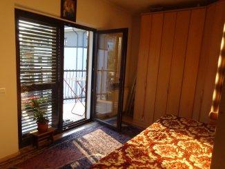 proprietar inchiriez apartament decomandat, in zona Mures, orasul Deva