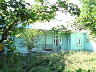 proprietar vand Casa cu 3 camere, localitatea Bitina Pamanteni