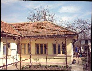 vanzare casa cu 4 camere, localitatea Fetesti Gara, suprafata utila 120 mp