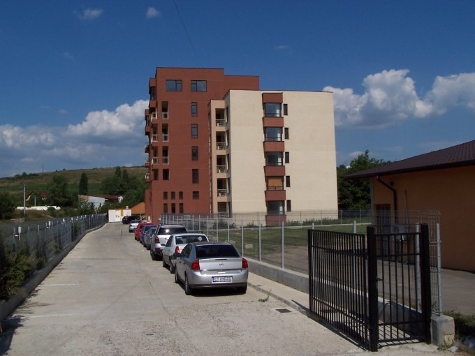 www.colinaviilor.ro