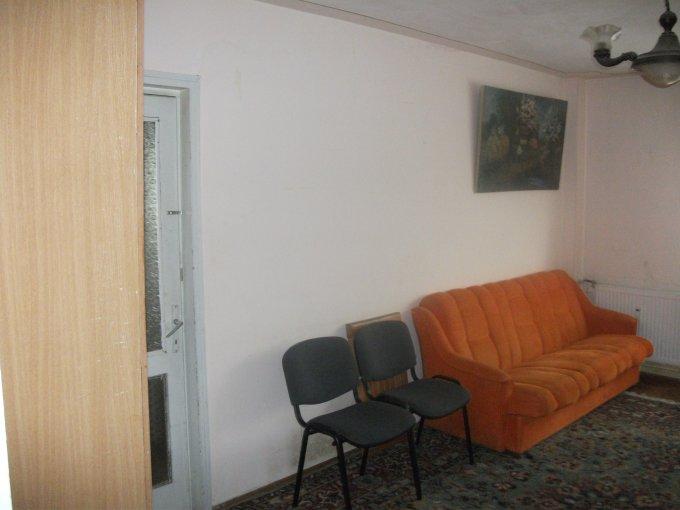 Duplex inchiriere Iasi 2 camere, suprafata utila 54 mp, 1 grup sanitar, 1  balcon. 260 euro. Etajul 5 / 6. Destinatie: Rezidenta. Duplex Piata Unirii Iasi