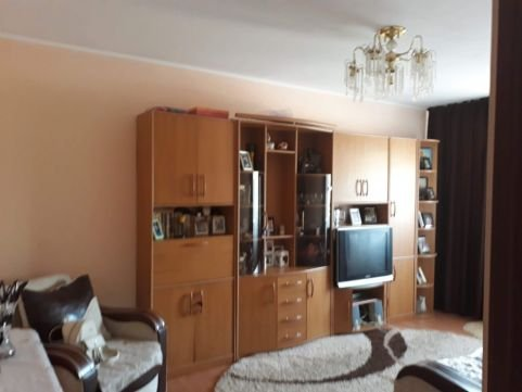 Apartament vanzare Iasi 2 camere, suprafata utila 44 mp, 1 grup sanitar, 1  balcon. 48.500 euro negociabil. Etajul 4 / 4. Apartament Pacurari Iasi