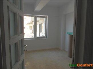 Apartament cu 2 camere de vanzare, confort 1, zona Copou,  Iasi
