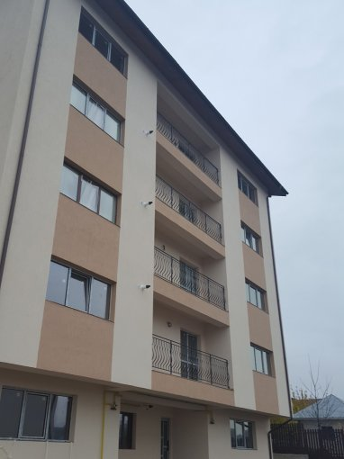 Apartament vanzare Pacurari cu 2 camere, etajul 1 / 3, 1 grup sanitar, cu suprafata de 59 mp. Iasi, zona Pacurari.