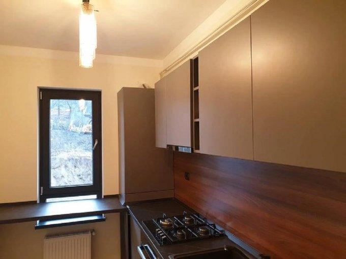 vanzare Apartament Iasi cu 2 camere, cu 1 grup sanitar, suprafata utila 60 mp. Pret: 67.000 euro. Incalzire: Centrala proprie a locuintei.