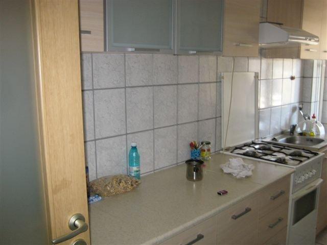 inchiriere apartament cu 3 camere, decomandat, in zona Centru, orasul Iasi