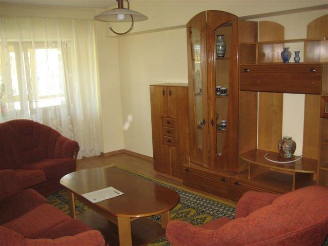 Apartament cu 3 camere de inchiriat, confort Lux, zona Centru,  Iasi