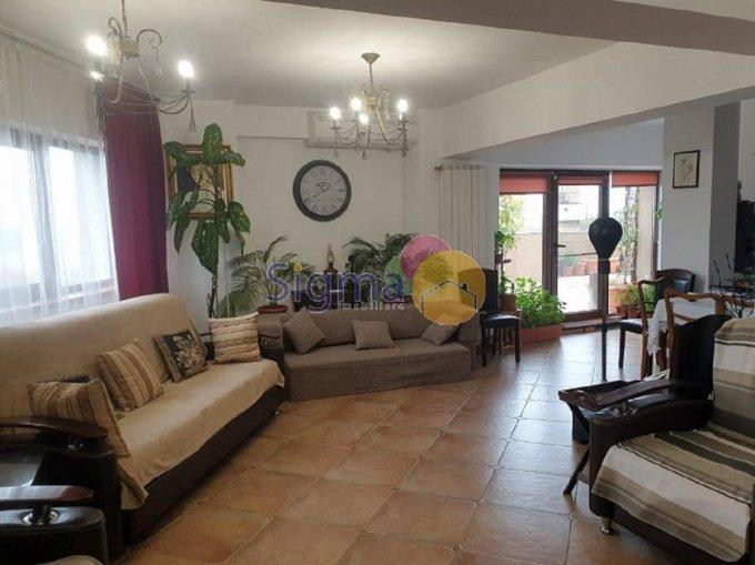 Apartament de vanzare direct de la agentie imobiliara, in Iasi, in zona Copou, cu 29.500 euro. 2  balcoane, 2 grupuri sanitare, suprafata utila 155 mp.