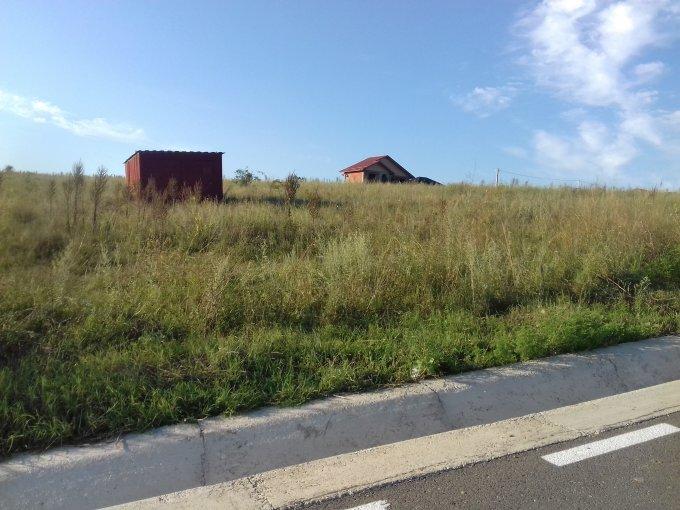 Teren intravilan de vanzare direct de la proprietar, in Iasi, zona Valea Adanca, cu 11.500 euro. Suprafata de teren 500 metri patrati cu deschidere de 16 metri.  Destinatie: Rezidenta.