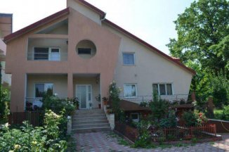 vanzare vila cu 1 etaj, 6 camere, zona Bucium, orasul Iasi, suprafata utila 260 mp