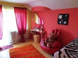 vanzare vila de la agentie imobiliara, cu 1 etaj, 6 camere, in zona Bucium, orasul Iasi