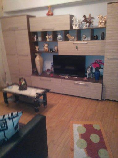 vanzare Apartament Popesti Leordeni cu 2 camere, cu 1 grup sanitar, suprafata utila 41 mp. Pret: 28.000 euro. Incalzire: Centrala proprie a locuintei.