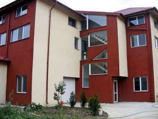 Casa de vanzare cu 15 camere, in zona Lacul Morii, Rosu Ilfov