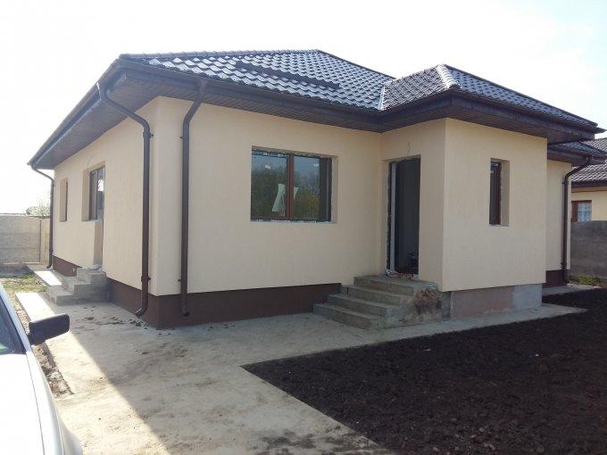 Clinceni casa cu 4 camere, 1 grup sanitar, cu suprafata utila de 110 mp, suprafata teren 520 mp si deschidere de 20 metri. In comuna Clinceni.