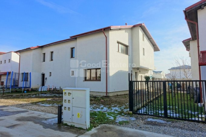 Casa de vanzare direct de la agentie imobiliara, in Otopeni, zona Odai, cu 95.500 euro. 2  balcoane, 3 grupuri sanitare, suprafata utila 140 mp. Are  5 camere.
