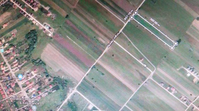 Teren agricol extravilan de vanzare in Berceni. Suprafata terenului 9901 metri patrati, deschidere 33 metri. Pret: 178.000 euro negociabil. Destinatie: Rezidenta, Comercial, Vacanta, Industrial, Hala productie, Fabrica, Depozit.