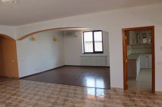 vanzare vila cu 1 etaj, 4 camere, zona Centru, orasul Otopeni, suprafata utila 193 mp
