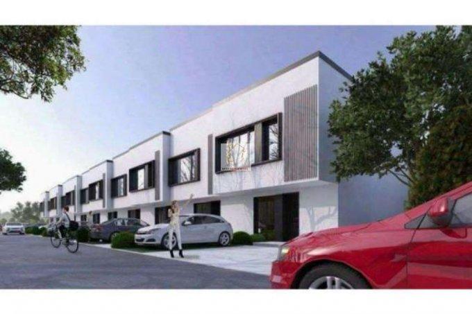 Vila de vanzare direct de la agentie imobiliara, in Bragadiru, zona Nord, cu 79.000 euro. 3 grupuri sanitare, suprafata utila 120 mp. Are 1 etaj si 4 camere.