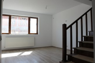 Vila de vanzare cu 1 etaj si 5 camere, in zona Centru, Pantelimon Ilfov